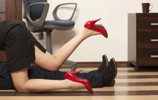 L'employeur face à la vie intime et sexuelle du salarié dans l'entreprise...